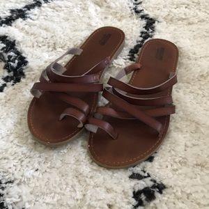 Strappy Brown Sandals/Flip Flops